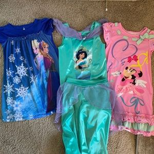 Disney Pajama lot, Size S Minnie, Frozen, Jasmine